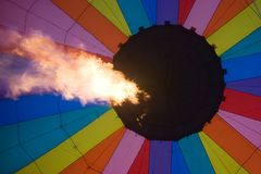 Aerostato di aria calda interno Fotografie Stock