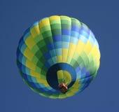 Aerostato di aria calda verde Fotografie Stock