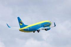 AeroSvit Boeing 737 Lizenzfreie Stockbilder