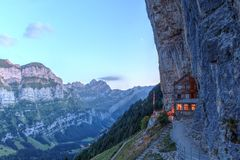 Aescher峭壁,瑞士 免版税库存图片
