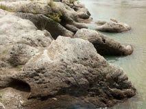 aesesa河的大岩石 免版税库存照片