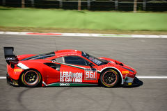 AF Corse Ferrari 488 GT3 in Monza Lizenzfreie Stockfotos