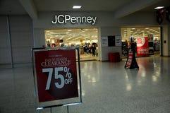 AFASTAMENTO 50- 70% FORA EM JCPENNEY Fotos de Stock Royalty Free