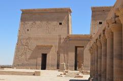 Afbeeldingen van Oud Egypte bij Philae-tempel, Aswan Stock Foto