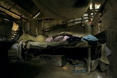 Afbrokkelende woonkamer Royalty-vrije Stock Foto