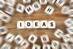 Affär för tärning för kreativitet för tillväxt för idéidéframgång conc idérik royaltyfria foton