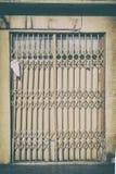Affär med dörren som stängs av konkurs Arkivbilder
