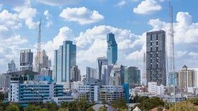 Affär som bygger att panorera för område för Bangkok stadsAsien Thailand landskap och molnbakgrund för blå himmel, högkvalitativ  arkivfilmer