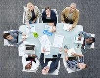 Affär Team Discussion Meeting Analysing Concept Fotografering för Bildbyråer