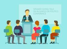 Affärs- eller politikmeddelande som ger anförande Arkivfoto