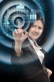 Affärs- och framtidsteknologibegrepp - le affärskvinna w royaltyfri fotografi