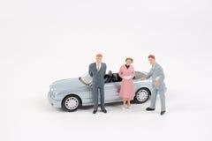Affärsdiagram och leksakbil Arkivfoto