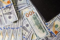 Affärsdiagram på finansiell rapporter, dollar och affärsdiameter arkivbilder