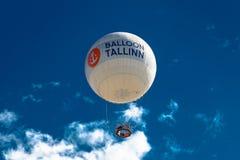 Affärsföretag i den blåa himlen Fotografering för Bildbyråer