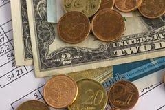 Affärsfinans som sparar planera kontobegrepp redovisning affärsberäkningar, räkna för kassa arkivfoto