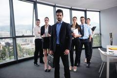 Affärsfolk i ett möte på kontoret Royaltyfri Bild
