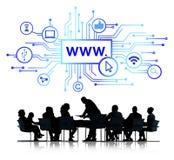 Affärsfolk med internetuppkoppling Arkivfoton