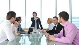 Affärsfolk på mötet royaltyfri fotografi