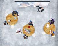 Affärsfolk som studerar presentationen Team Support Concept Royaltyfri Foto