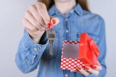 Affärsidé för arrende för lyckalivsstilförsäljning Kantjusterad nära u royaltyfri bild