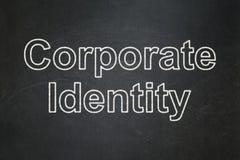 Affärsidé: Företags identitet på svart tavlabakgrund arkivbilder