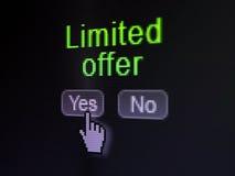 Affärsidé: Inskränkt erbjudande på skärmen för digital dator Fotografering för Bildbyråer