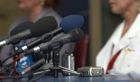 affärskonferensmikrofoner Arkivbilder