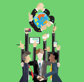 Affärskontakt över hela världen och telefon och dator för handhandlagminnestavla Royaltyfri Foto