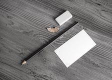 Affärskort, blyertspenna, radergummi Royaltyfri Bild