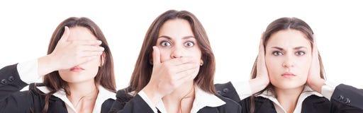 Affärskvinna i tre slagställningar okontrollerat, stumt och dövt arkivbild