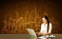 Affärskvinna med byggnader och nummer Royaltyfri Fotografi