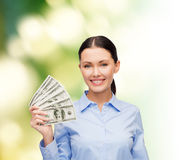 Affärskvinna med dollarkassapengar Royaltyfri Foto