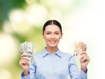Affärskvinna med dollarkassapengar Arkivbilder