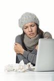 Affärskvinna med kyla och en feber Royaltyfri Foto