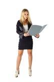 Affärskvinna med mappen arkivbilder
