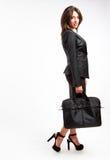 Affärskvinna med portföljen Arkivbilder