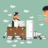 Affärskvinna och upptaget funktionsdugligt hårt i kontoret av hennes framstickande t royaltyfri illustrationer