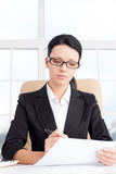 Affärskvinna på arbete. Royaltyfri Fotografi