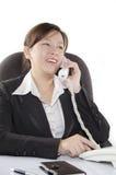 Affärskvinna på telefonen Royaltyfria Foton