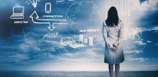 Affärskvinna som betraktar en kläckning av ideer 3d Arkivfoton