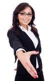 affärskvinna som ger handhandskakningen royaltyfri foto