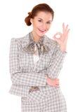 Affärskvinna som okay visar gest royaltyfria bilder