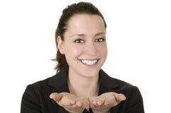 Affärskvinna som presenterar något Arkivfoton