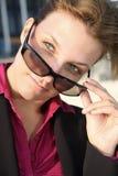 affärskvinnaexponeringsglas Royaltyfri Bild
