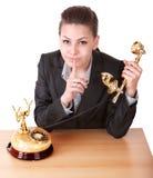 affärskvinnagest som gör tystnad Arkivfoton