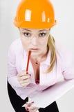 affärskvinnan documents hjälmholdingen Arkivfoton