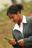 affärskvinnatelefon Royaltyfria Foton
