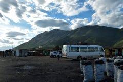 Affärsmän för liten skala i den Namanga staden, Kenya fotografering för bildbyråer