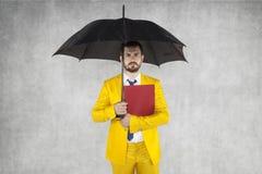 Affärsmän som är klara att skydda personliga data Royaltyfria Foton