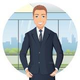 Affärsman i dräkten som i regeringsställning står, händer på höfter som ler stock illustrationer